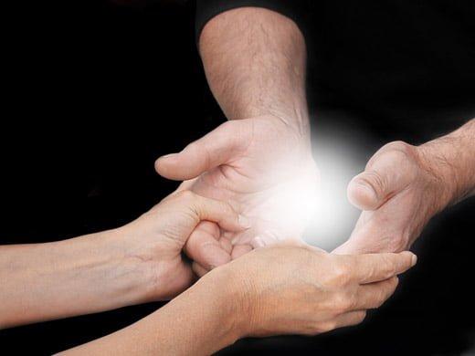 ユタ占い沖縄発祥の仕事恋愛相談鑑定アドアイスで安心解決人生を幸福導く